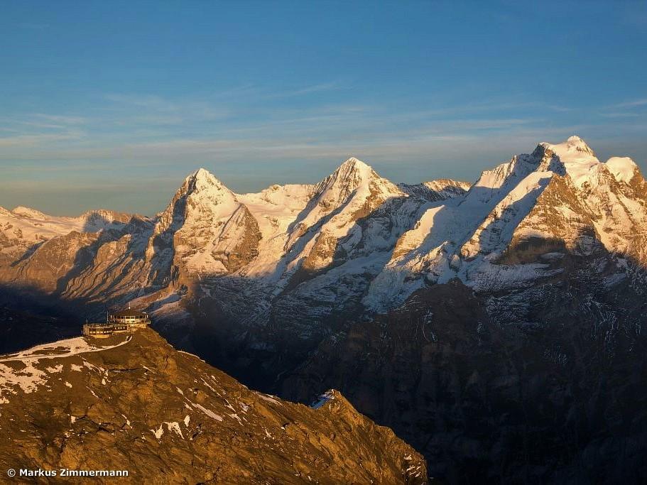 Eiger 3.905 m - Jungfrau 4.158 m -